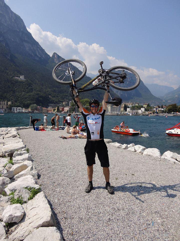 Polony István Alpok-átkelés után a Garda-tónál