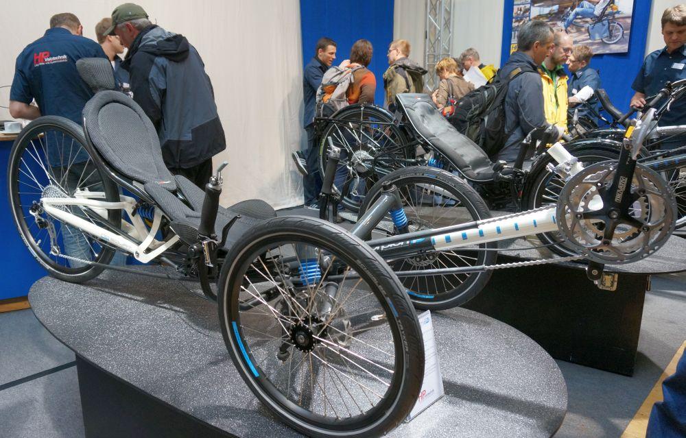 """Az új HP-Velotechnik Scorpion fs26 az első 26""""-os hátsó kerékkel szerelt össztelós háromkerekű a német gyártó kínálatában."""