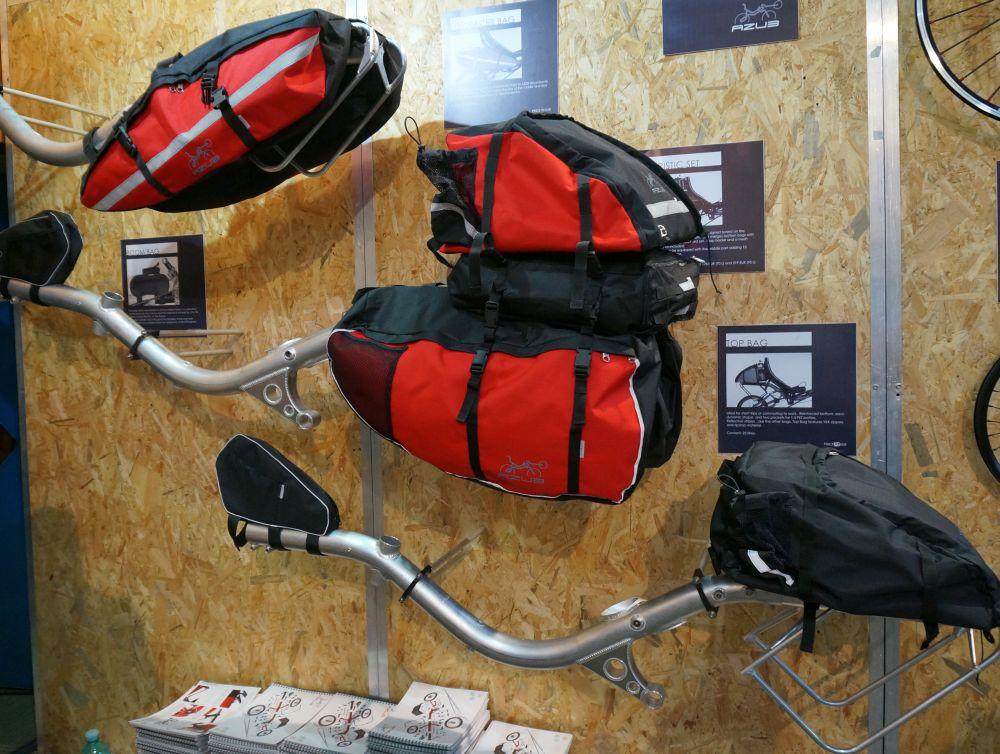 Azub táskák túrázáshoz, munkába járáshoz