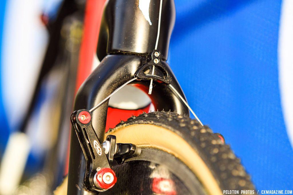 Like many Europeans, Stybar is still relying on cantilever brake
