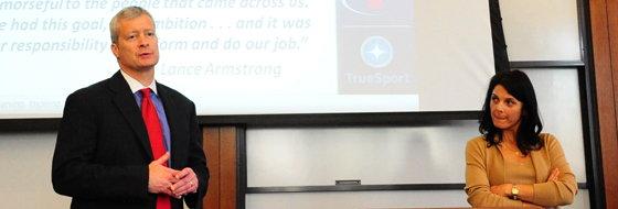 Bill Brock az USADA ügyvédje állítólag olyan dolgokat vet Armstrong szemére, amelyek nem igazak...