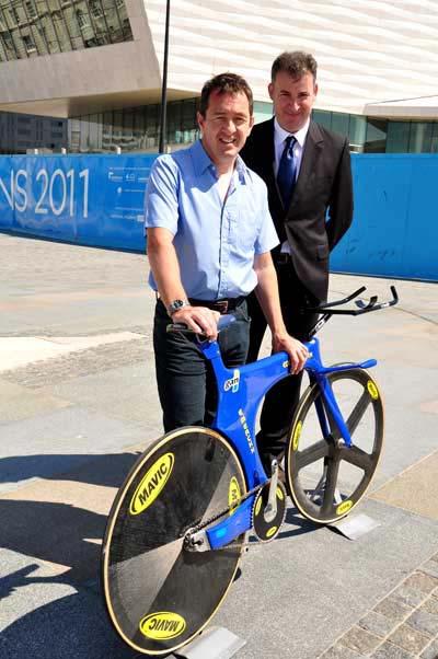 Chris Boardman a liverpooli múzeumnak adományozta nemrég a világcsúcs során használt kerékpárját (fotó: Minako Jackson)