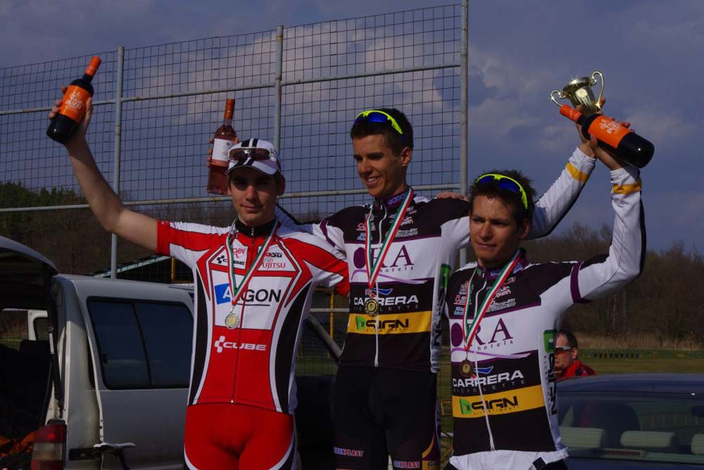 Pintér Tamás a második helyen végzett Simon Péter mögött