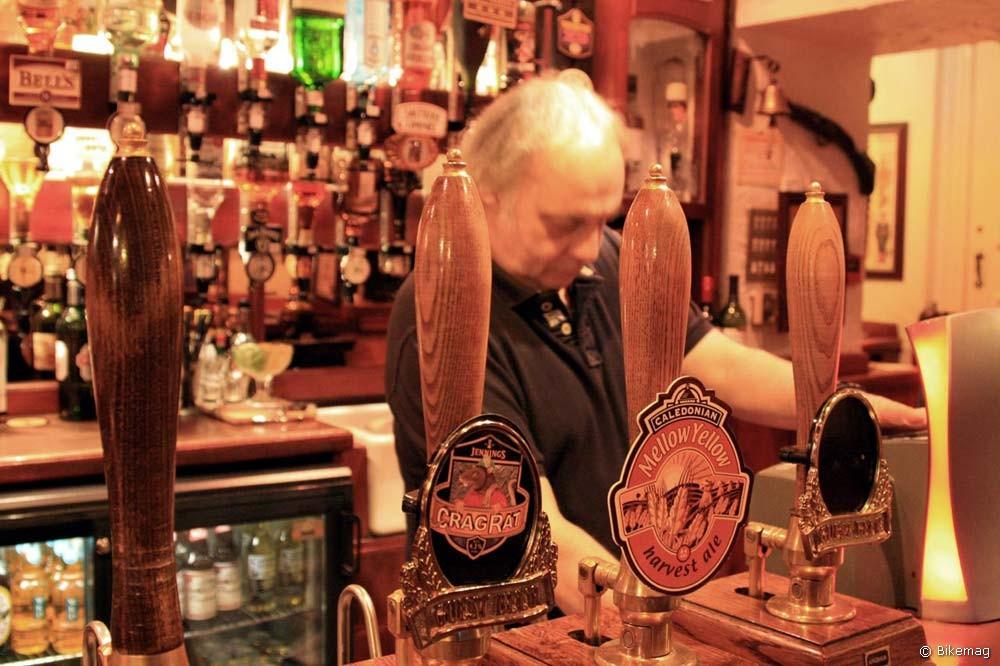 Csapolt helyi ale sörök, az első kocsmaélmény