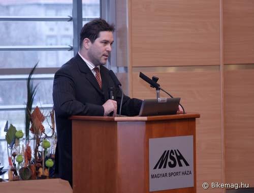 Dr. Fazekas Attila, a Sport Szakállamtitkárság Sportigazgatási Főosztályának vezetője