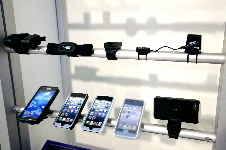 Többféle mobilhoz, többféle kiegészítőkkel