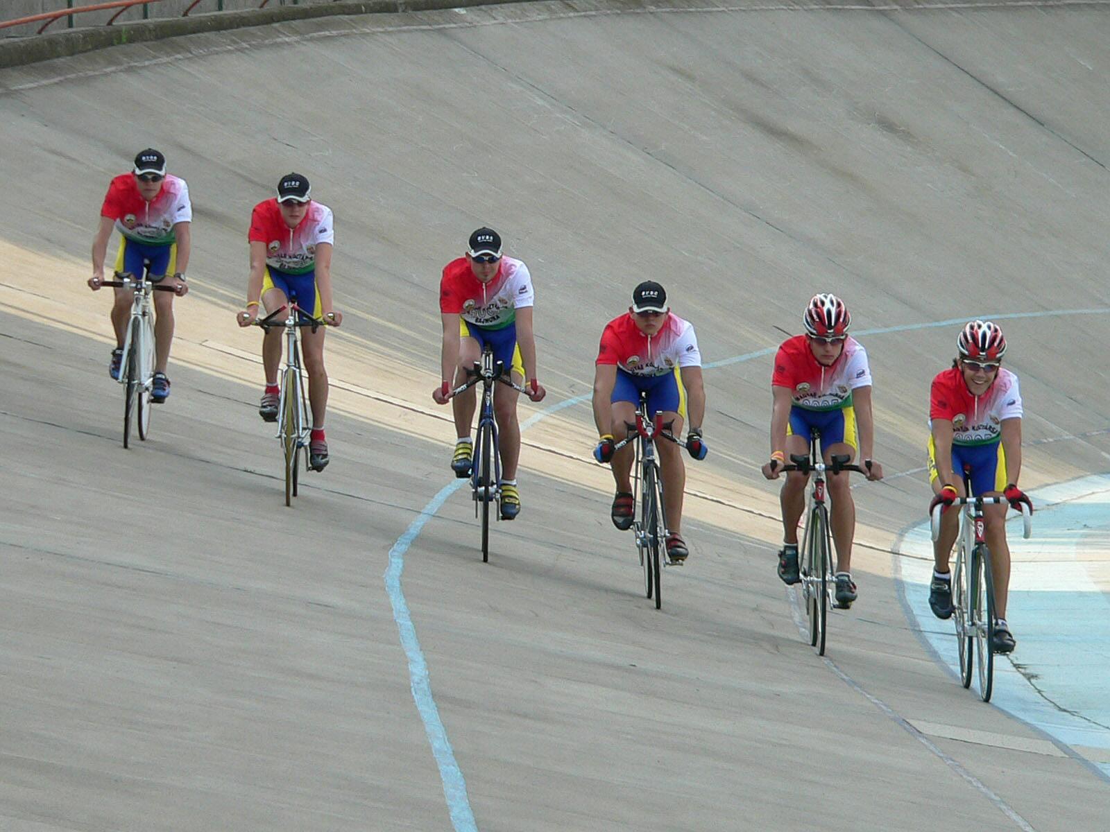 BVSC-s bajnokok tiszteletköre a 2005-ös pályabajnokságon