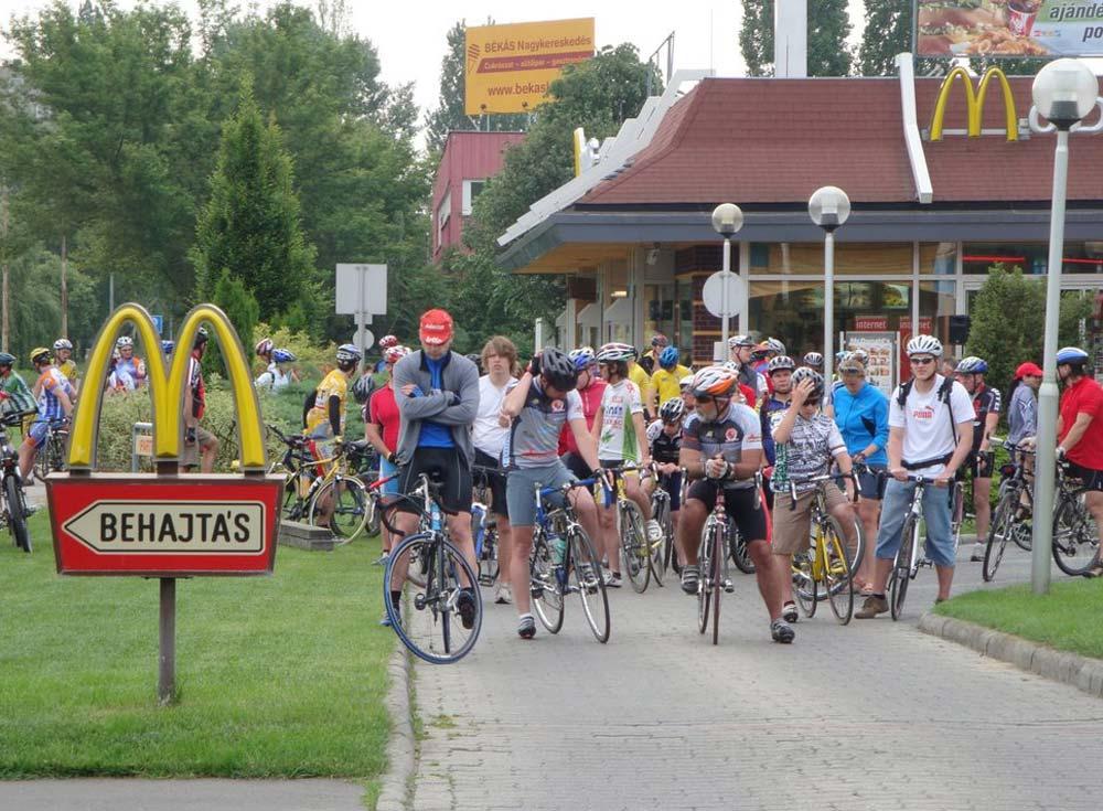 Kerékpáros- és gyalogos túrát magában foglaló túrafesztivál és családi nap Békásmegyeren