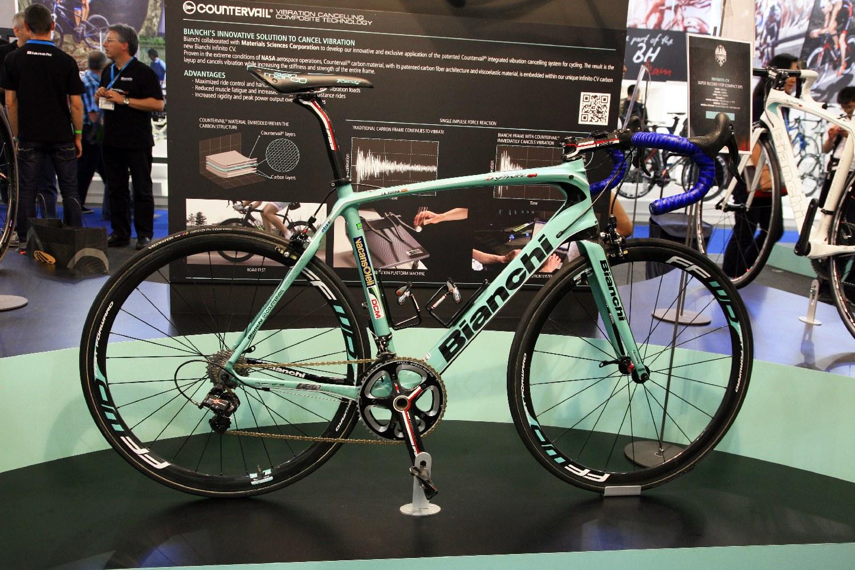 Juan Antonio Flecha egy Infinito CV nyergében teljesítette az idei Ronde van Vlaanderen-t...