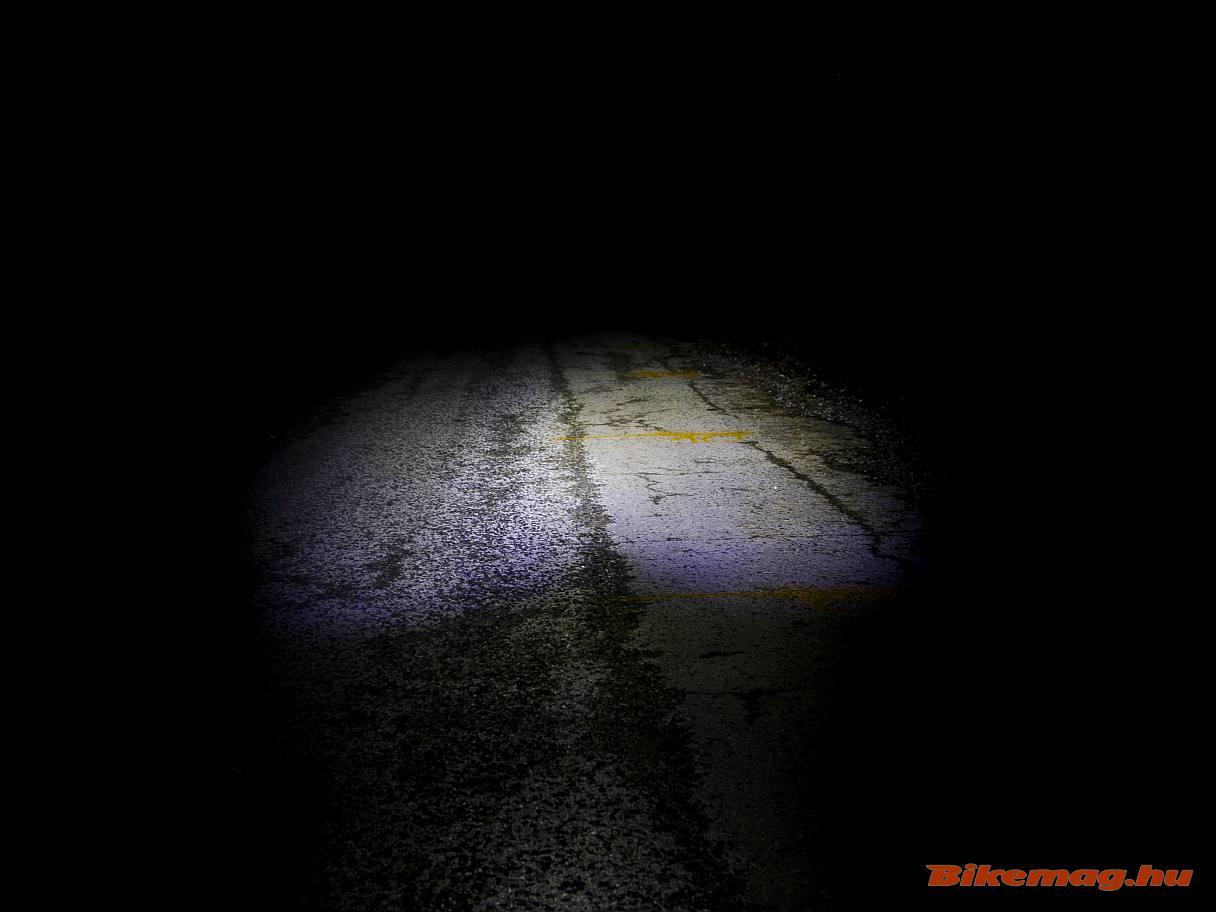 A Bikefun Ray első lámpa így teríti a fényt