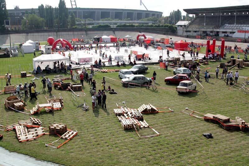 2010. szeptember 12-én, vasárnap számtalan bringás szakággal népesült be a Millenáris sporttelep
