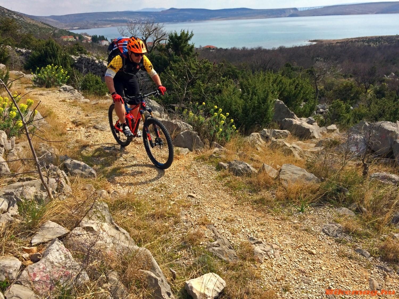 Lazább mountain bike túrákon sem nehézkes