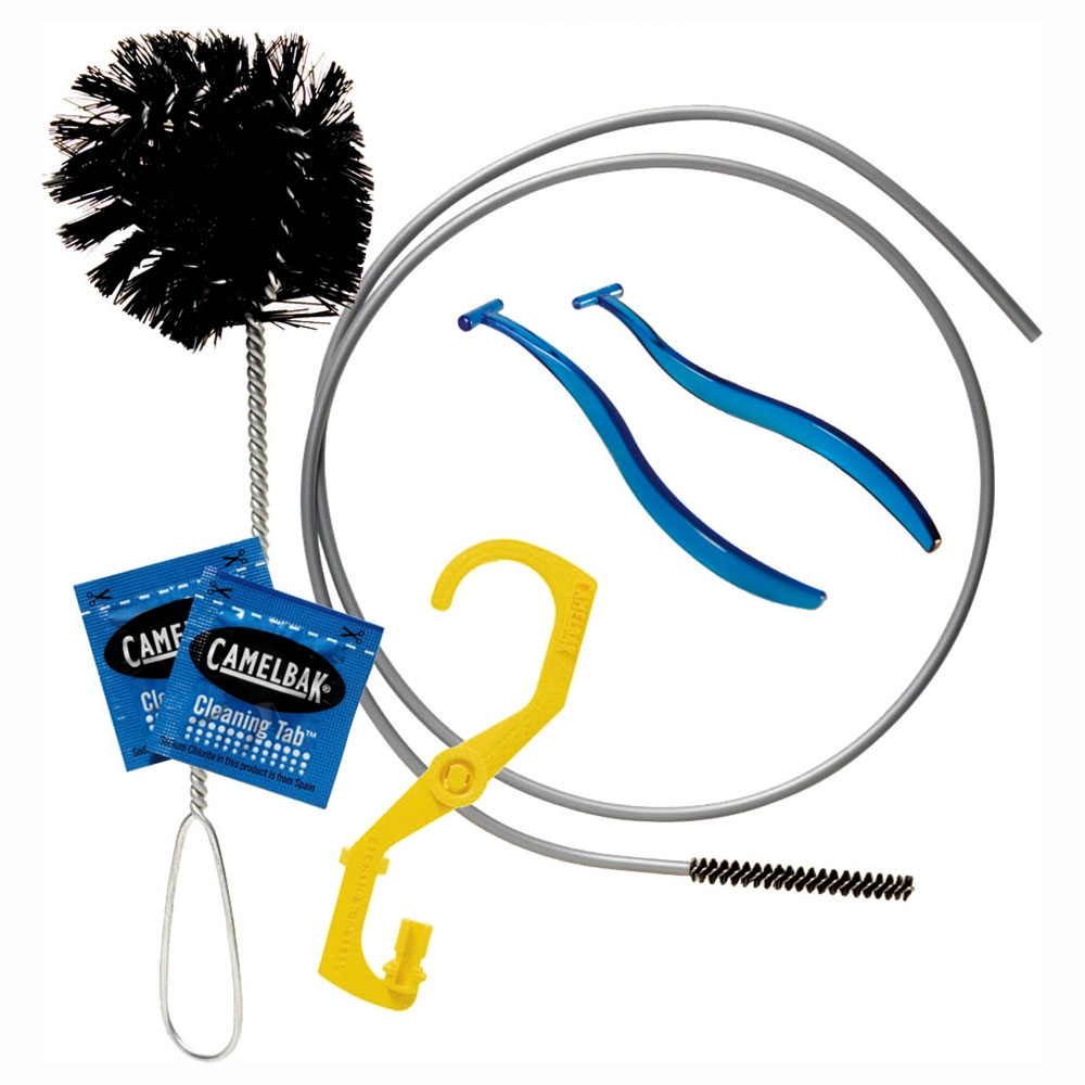 Camelbak-Antidote-Cleaning-Kit_1