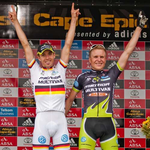 Genze és Käß a 3. szakasz győzteseiként