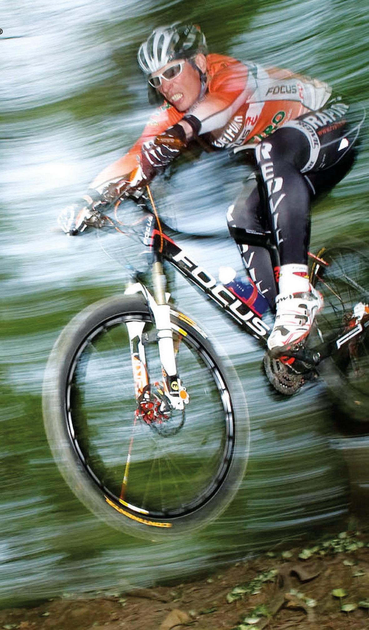 Casco_Lead_Picture_Sport_Mountain_2013