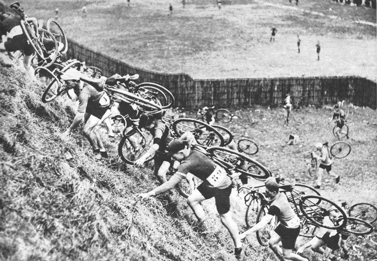 Ciklokrossz verseny 1931-ben valahol Belgiumban