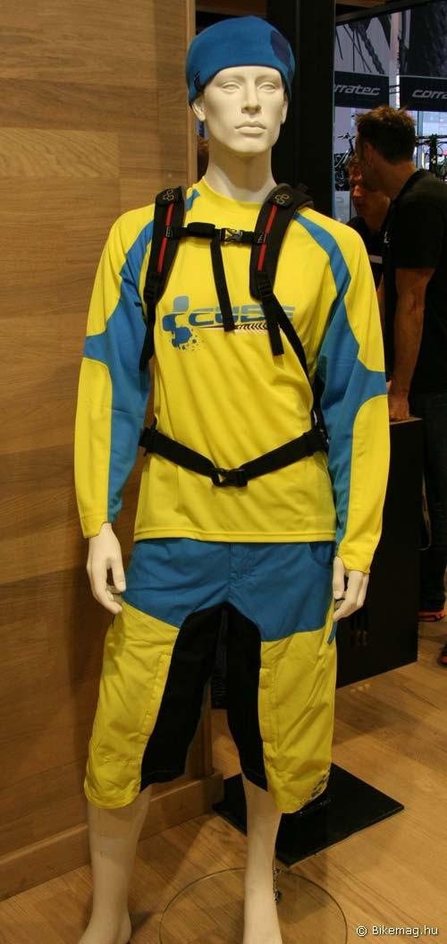 Eurobike 2011: Cube FR ruházat
