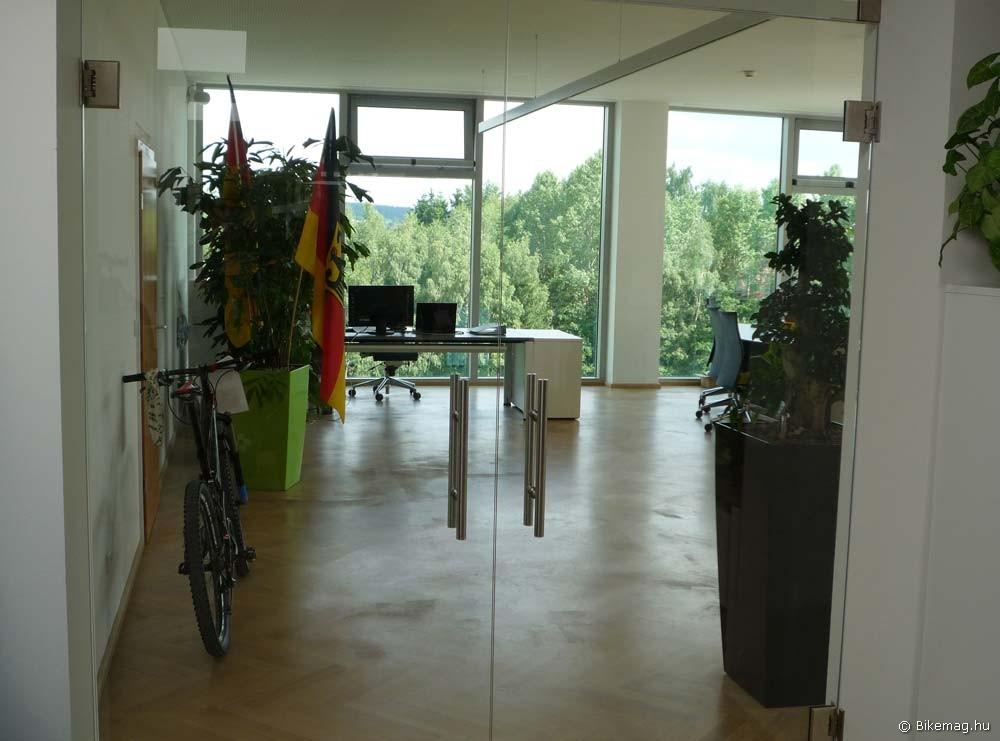 A főnöki iroda