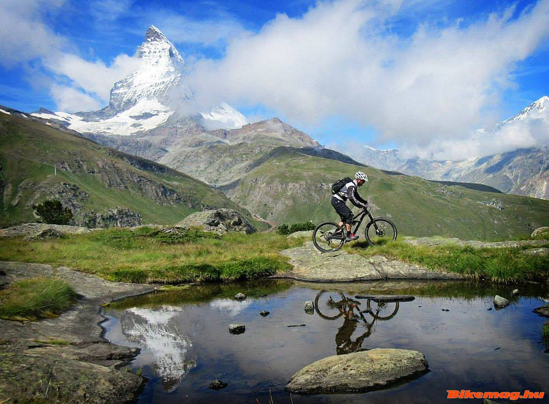 A megvalósult gyerekkori álom: bringával a Matterhorn tövében