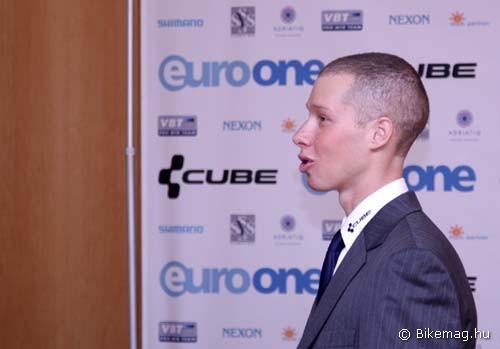 A németországi idegenlégióskodás után Parti 2011-ben ismét magyar csapatban készül a szezonra
