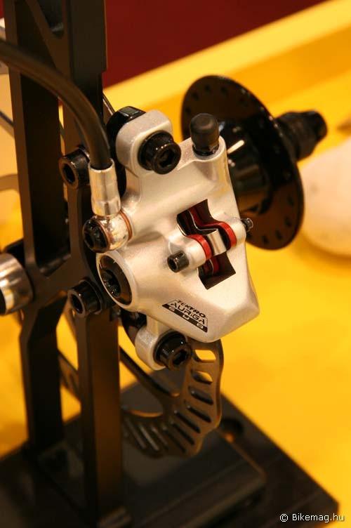 Eurobike 2011: Tektro Auriga SUB