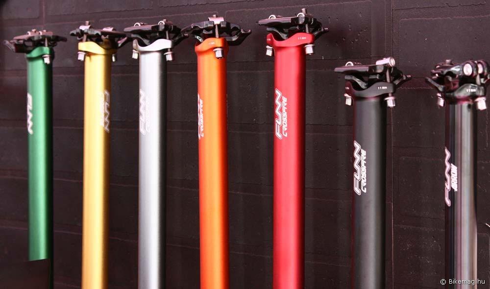Eurobike 2011 - Funn: a Crossfire nyeregcsövek is szivárványosodnak, 7050 T73 aluból - egy darabból készült, full anodizált festés, 287 g-os tömeg 400 mm-es hosszban