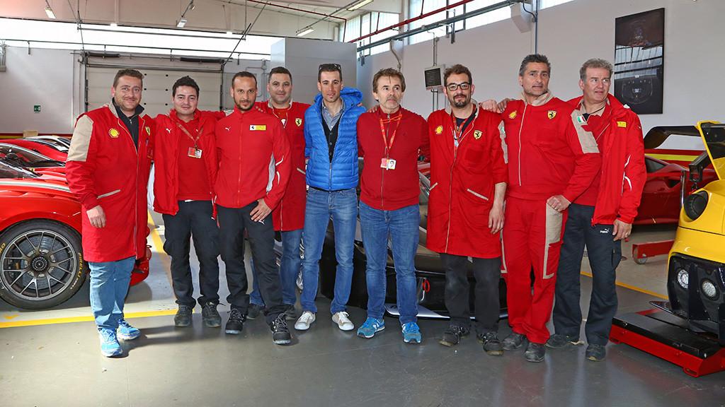 FERRARI-Vincenzo-Nibali-1280x0_P4SHRK