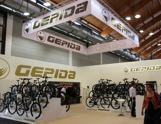 Bő száz négyzetméteres stand az Eurobike-on - immár 1991 óta!