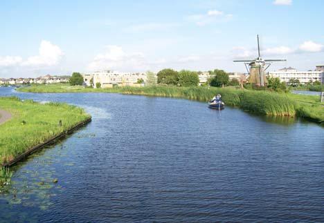 Az unalomig ismert holland táj…