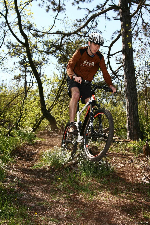 KTM Lycan 3.0 kerékpárteszt: alpesi játékszer