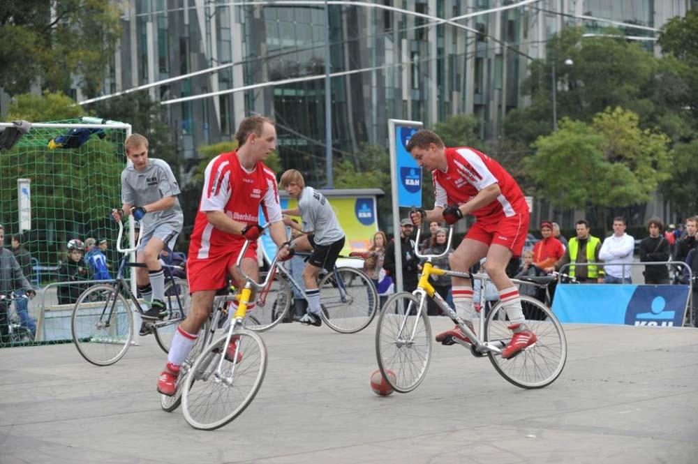Olimpiai bajnokok is tekernek a vasárnapi K&H olimpiai kerékpáros napon