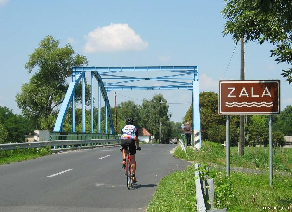 Hídátkelés Zalavár előtt