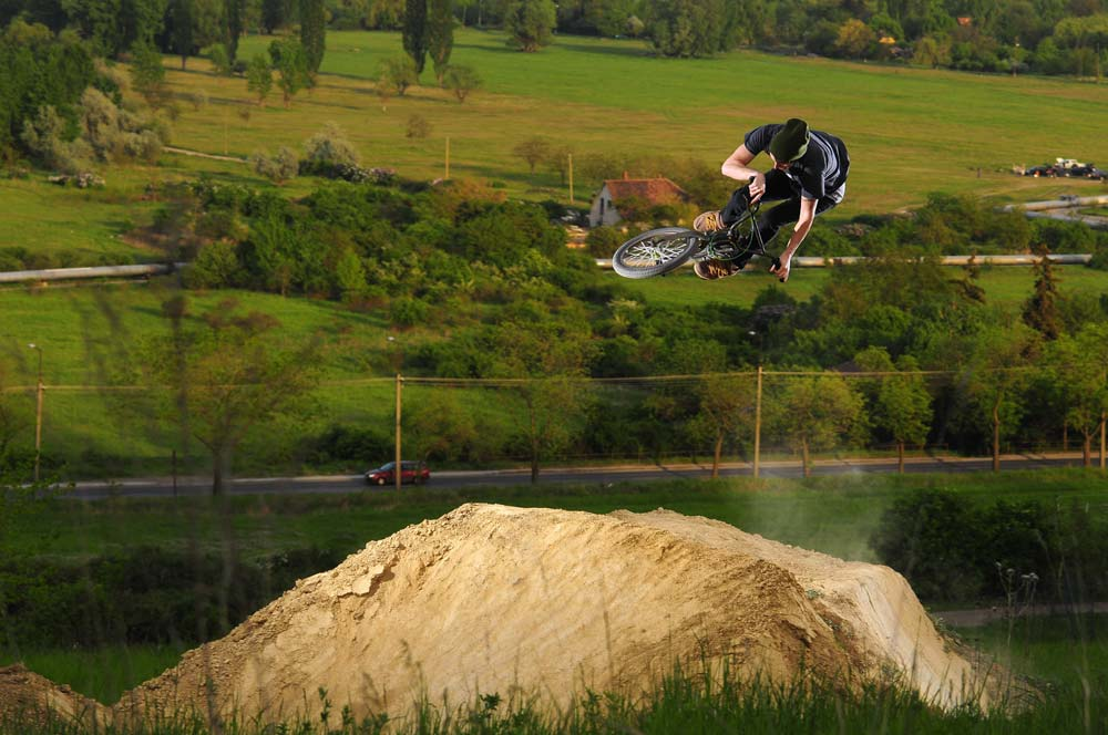 Rider: Bakó Viktor; váz: Nikon D300; obj.: Nikon 105 mm; exp.: 1/250 sec, f/8, ISO200