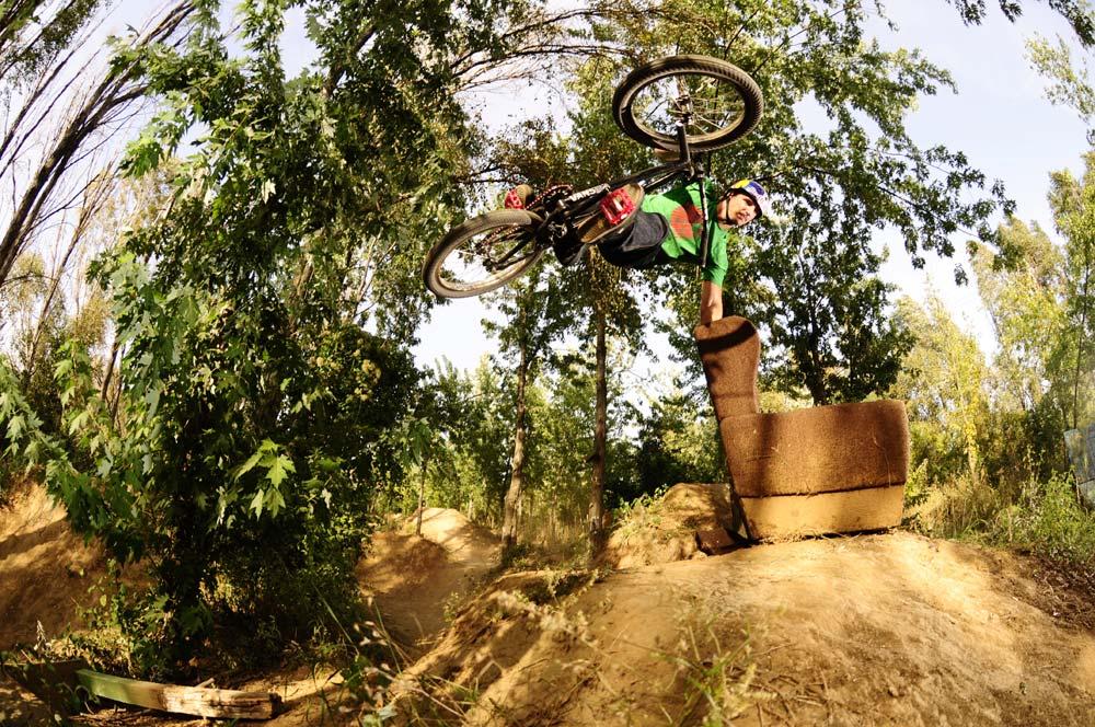Rider: Shenker Beni; váz: Nikon D300; obj.: Nikon 10,5 mm; exp.: 1/250 sec, f/4, ISO 200