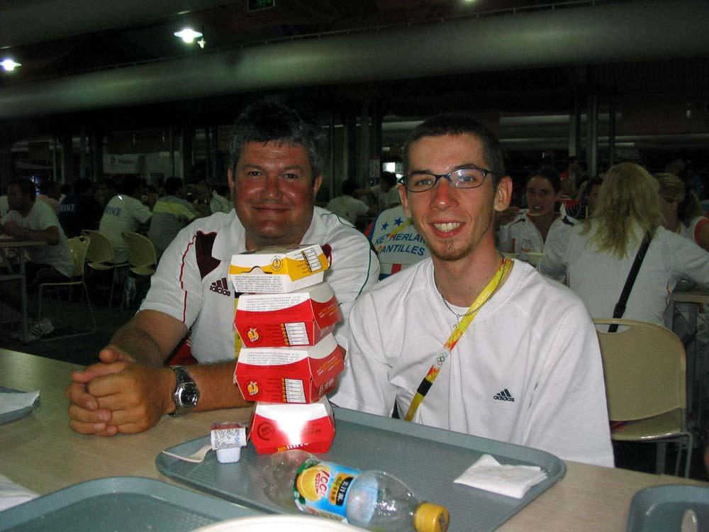Az olimpiai mezőnyverseny utáni kalóriafeltöltés Somogyi Miklóssal