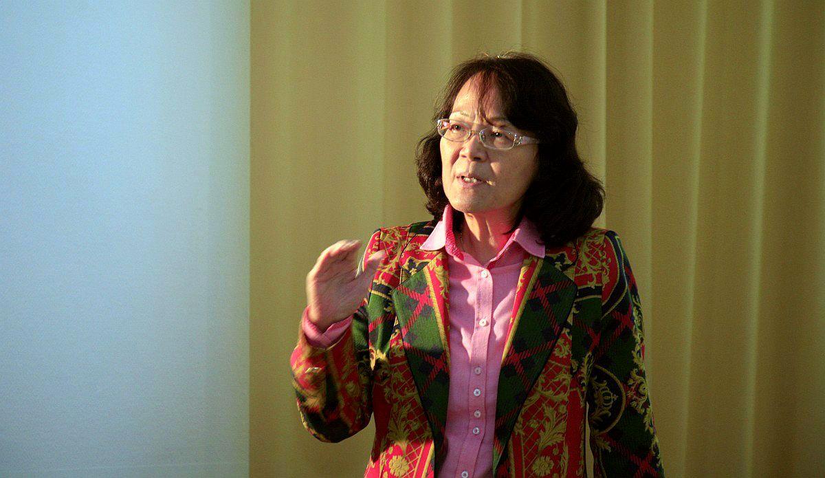A prezentációt a jelenlegi tulajdonos, a tajvani Carol Urkauf Chen is megtisztelte, aki keményen kézben tartotta az eseményeket, éreztetve, hogy ki a főnök.