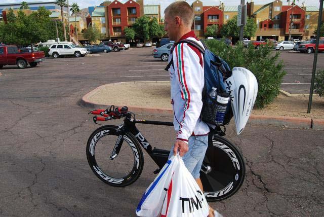 Cuccolás a verseny előtt - Ironman Arizona