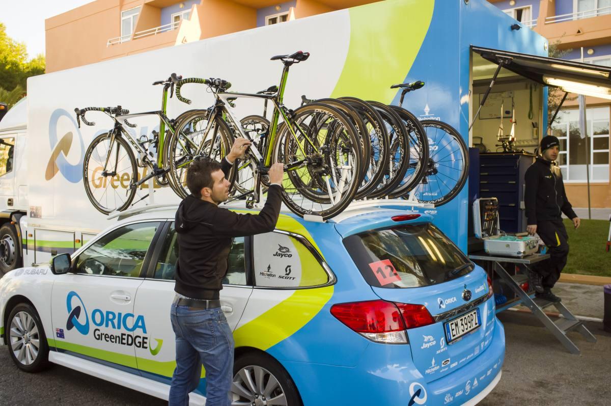 A Scott Foil és Addict bringák is felkerülnek az Orica-GreenEdge kísérőkocsikra