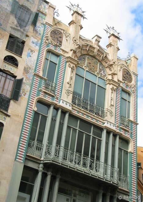 Palma de Mallorcában a szecesszió nemzeti irányzatai iránt érzékenyek is megtalálják a számításukat