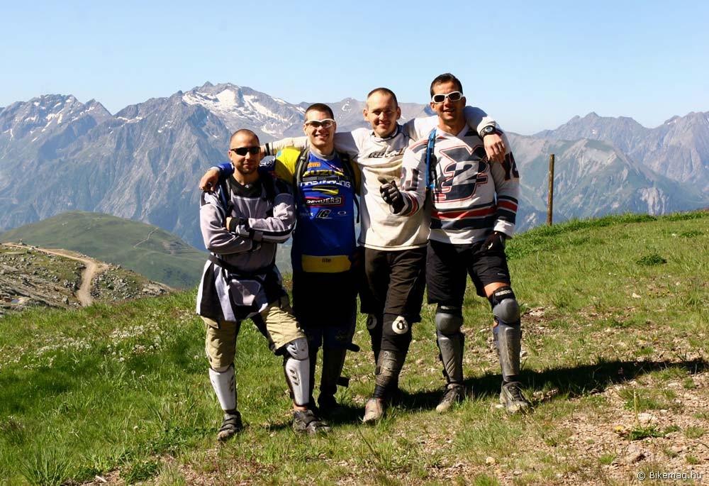 A csapat: Ákos, Levi, Zsolt és Laci