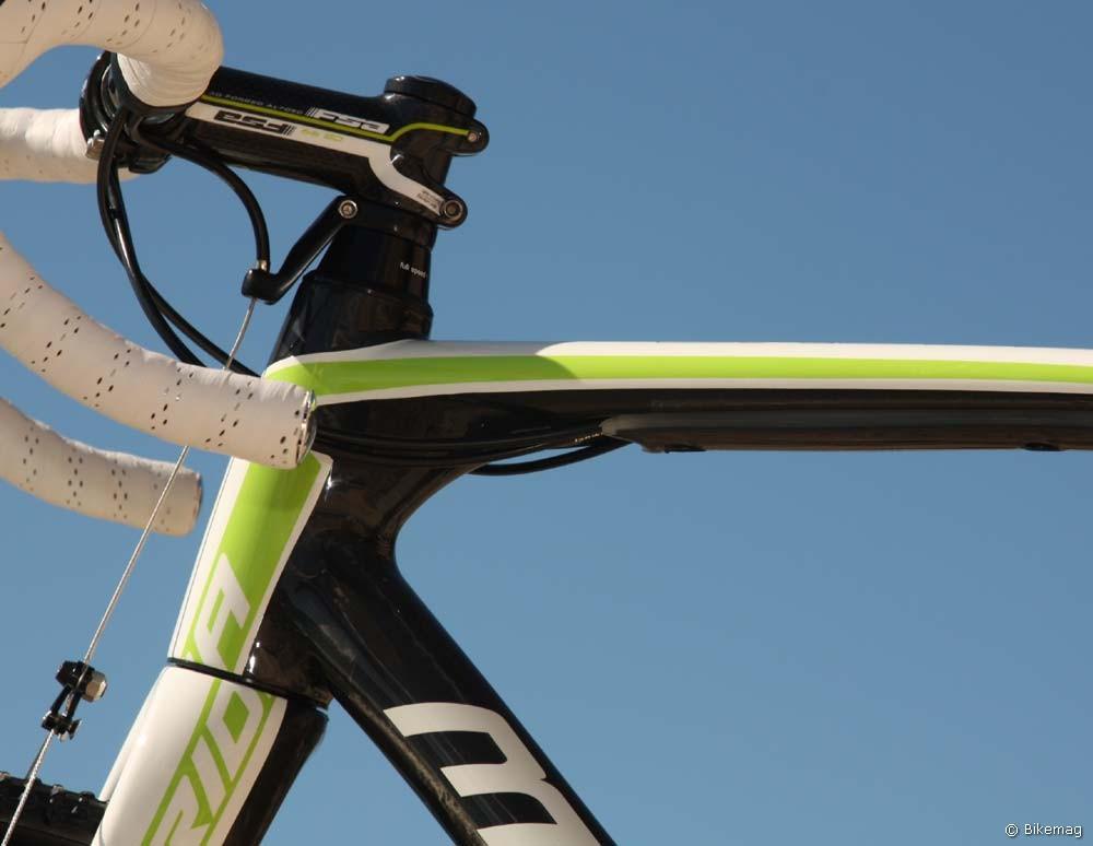 Cyclo Cross Carbon Team 2011 – komplex esztétikum a fejcső vidékén