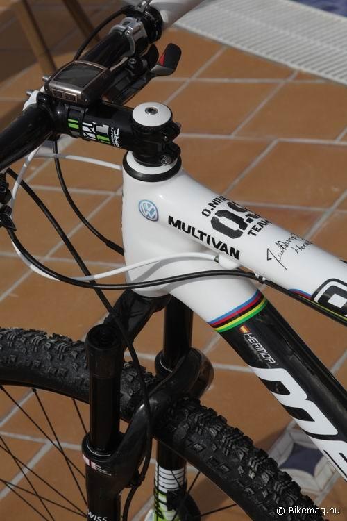 O.NINE Carbon Team 2012