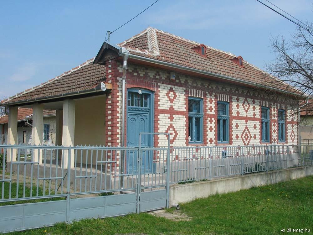 Ilyen színvonalú házak is épültek valaha vidéken