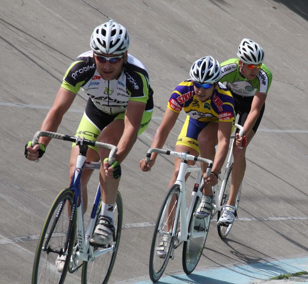 Balról: Berkesi András, a tempóverseny győztese, Solymosi Márton az összetett tabella éllovasa és Bozó Lajos a pontverseny nyertese