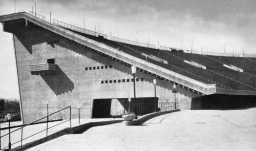 A Népstadion 1953-ban. Manapság vajon mi történik a 22-es szektorban?