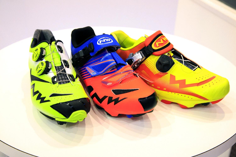 Northwave mountain bike cipők, balról a csúcsmodell