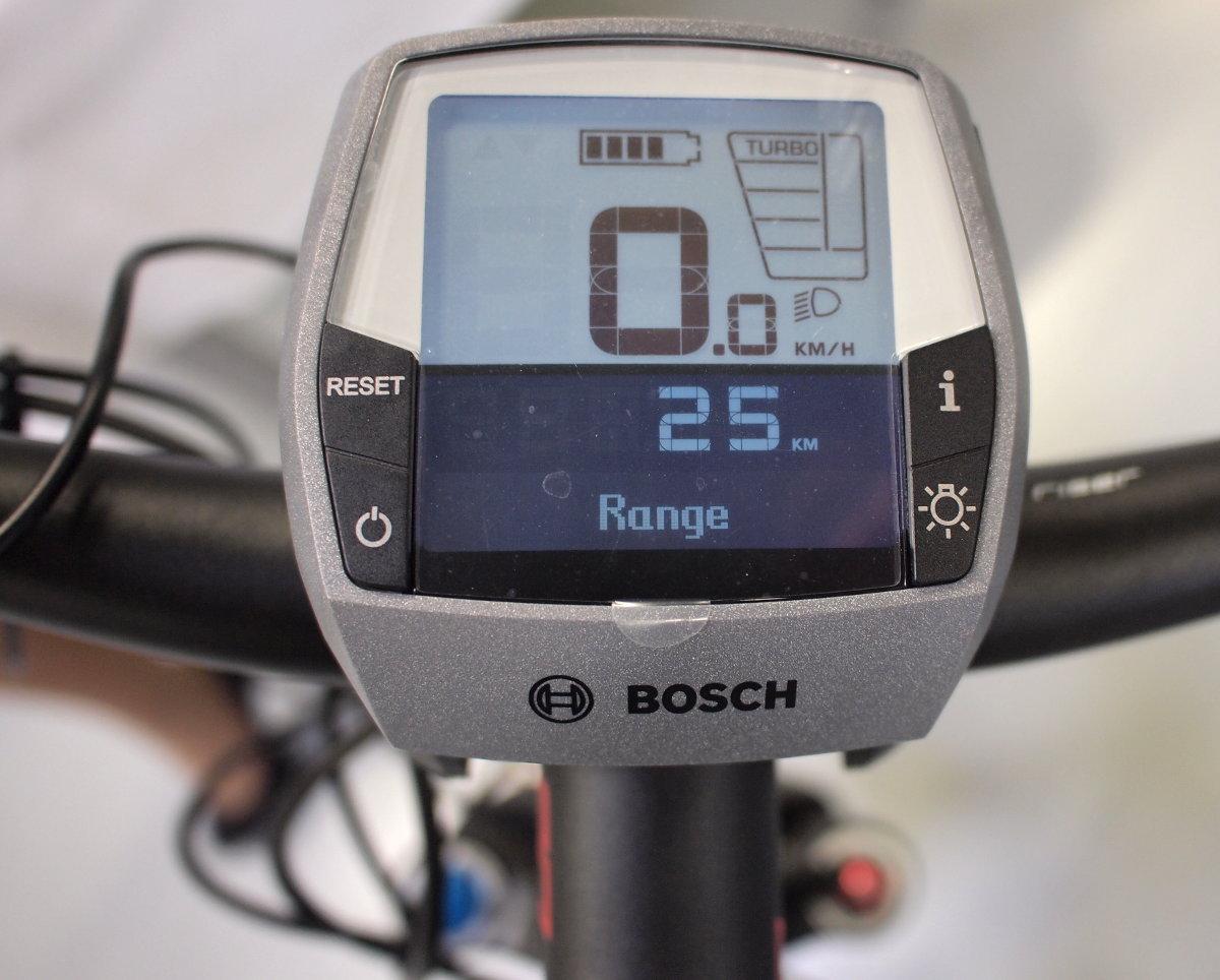 A második generációs e-bike motorok új kijelzőt is kapnak 2014-re...