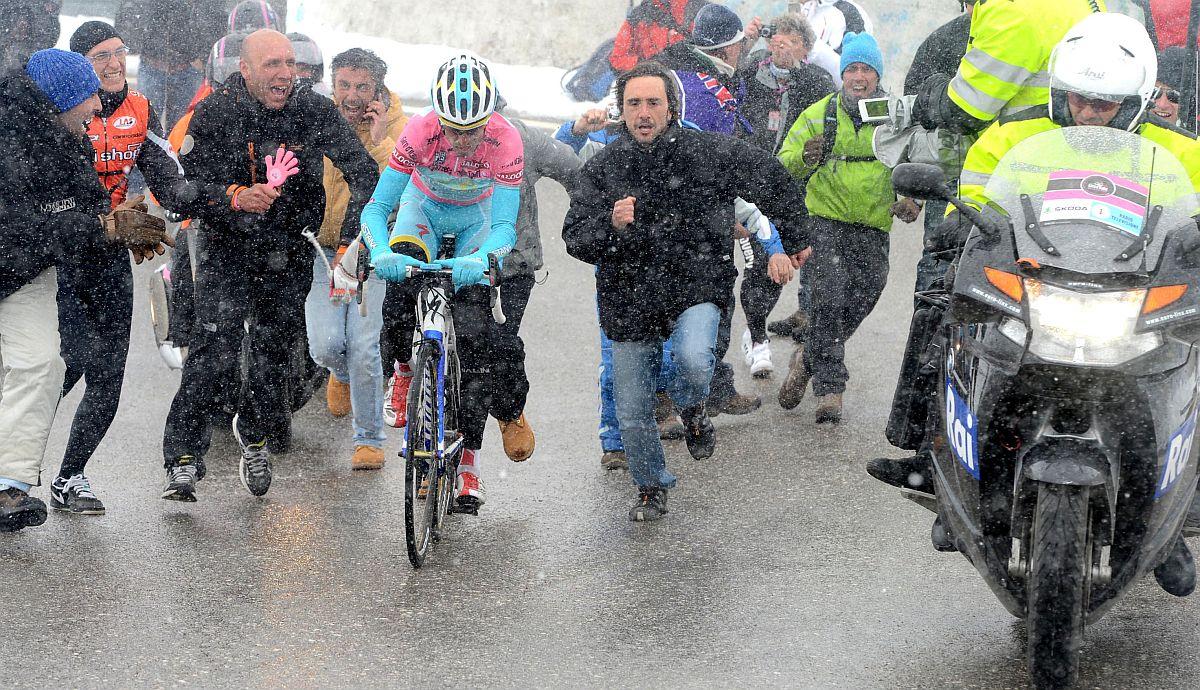 Vincenzo Nibali útban élete legnagyobb sikere felé (Fotó: Stefano Sirotti - Sirotti.it)