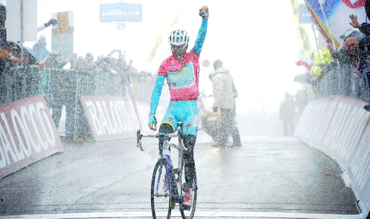 Nibali a célban (Fotó: Stefano Sirotti - Sirotti.it)
