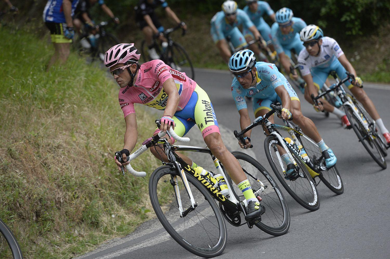 Contador és az Astana sor (Fotó: Stefano Sirotti)